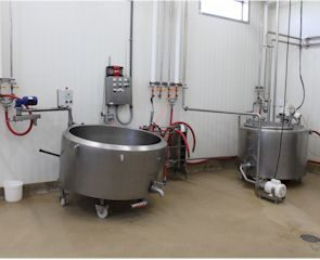 nicolau-farms-cheese-making-equipment
