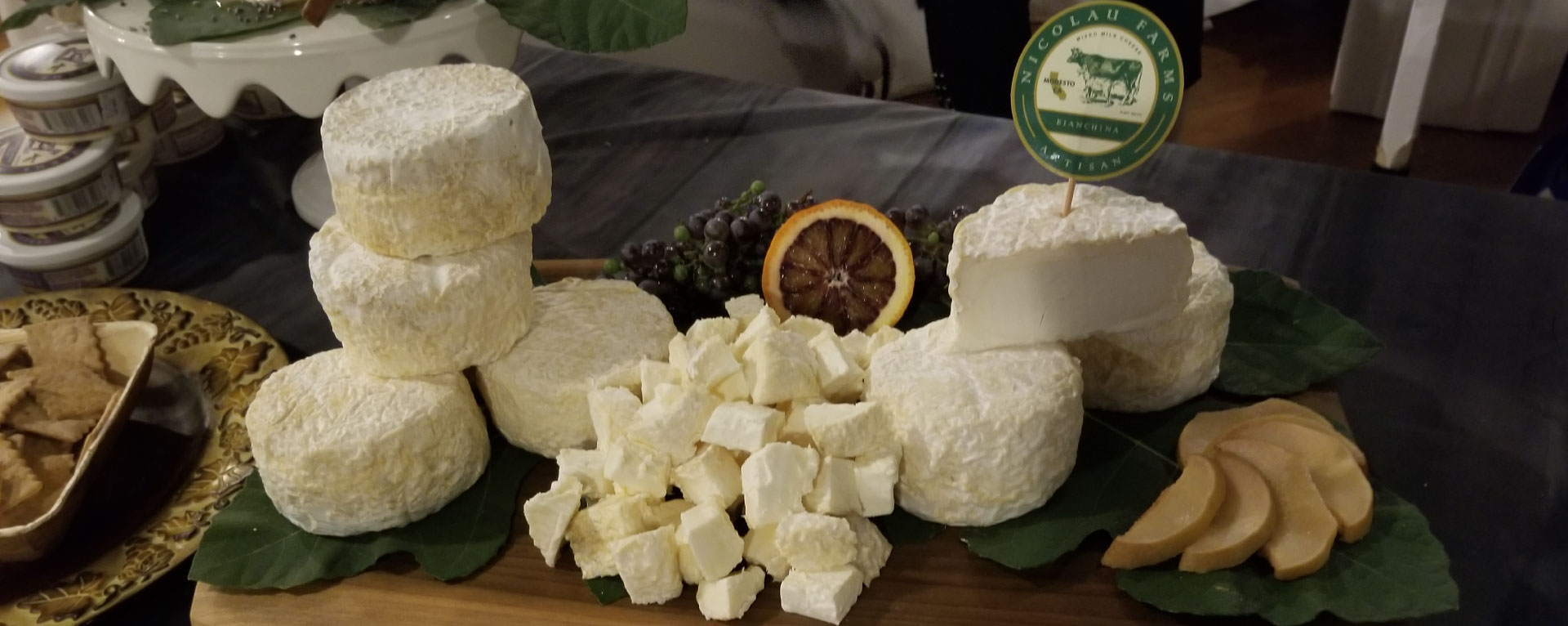 goat-cheese-nicolau-farm